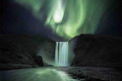 1-Platz_Michael-Kuschei_Natur_Aurorawasserfall-1-495x400